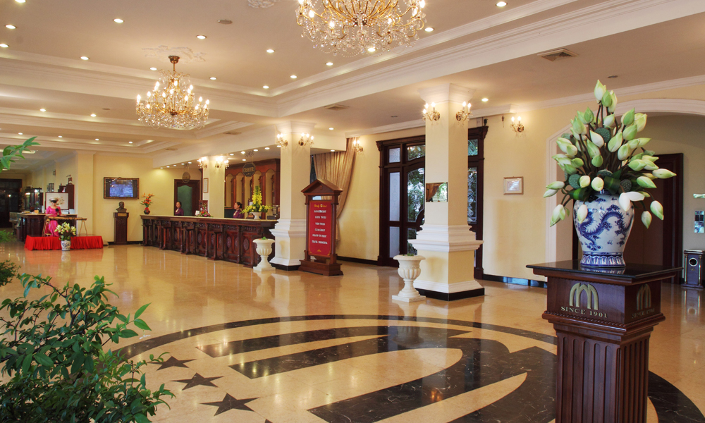an analysis of saigon morin hotel If you are looking for the most effective tool for website analysis, check out our site description: the management of saigon morin hotel welcome the first lady of france, madam bernadette chirac at the lobby (oct 7,2004.